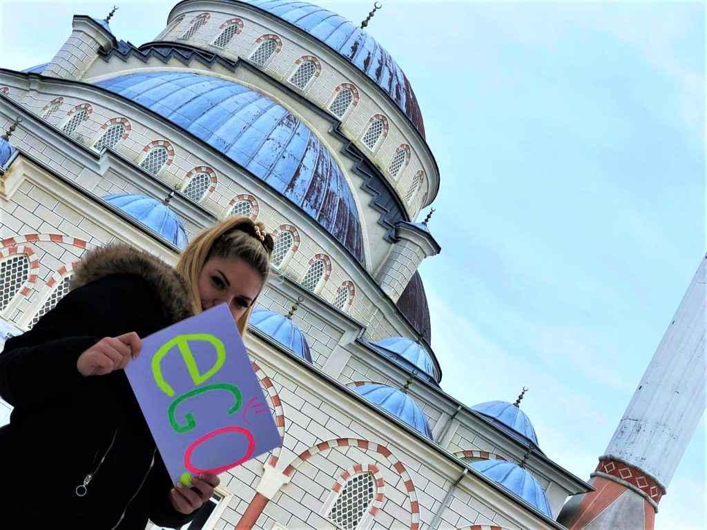 Хостес в Турции - фото-отзыв от девушки
