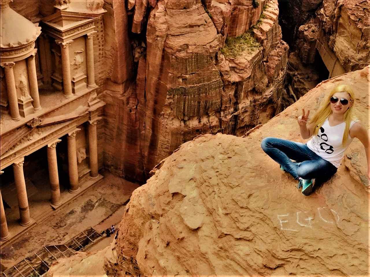 Работа в иордании для девушки ольга гужевникова купить фотографии