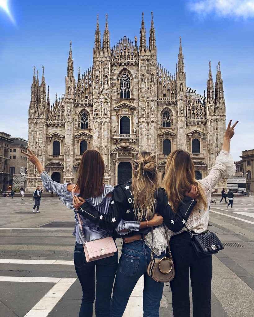 Чем заняты модели в Италии?